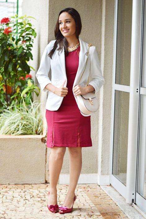 blazer e vestid tubinho 470x707 - BLAZER FEMININO, com saia, vestido ou calça está em alta
