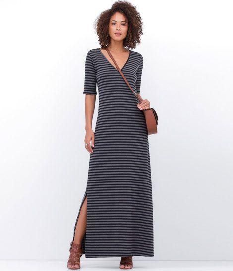 vestido longo listrado 8 470x545 - Vestido LONGO LISTRADO na moda com tênis branco ou sandália