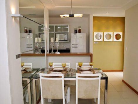sala de jantar pequena 470x353 - SALA DE JANTAR PEQUENA com decoração charmosa