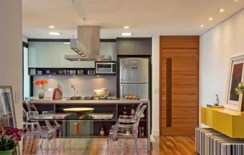 artigos para cozinhas para apartamento pequeno 500x318 - A mais belas cozinhas para apartamento pequeno, tudo com móveis planejados