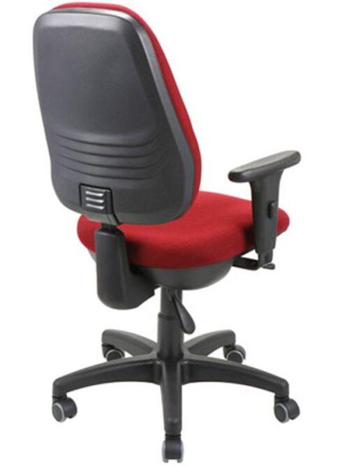 cadeiras de escritório giratórias dicas 500x667 - Cadeiras de escritório giratórias confortáveis e resistentes