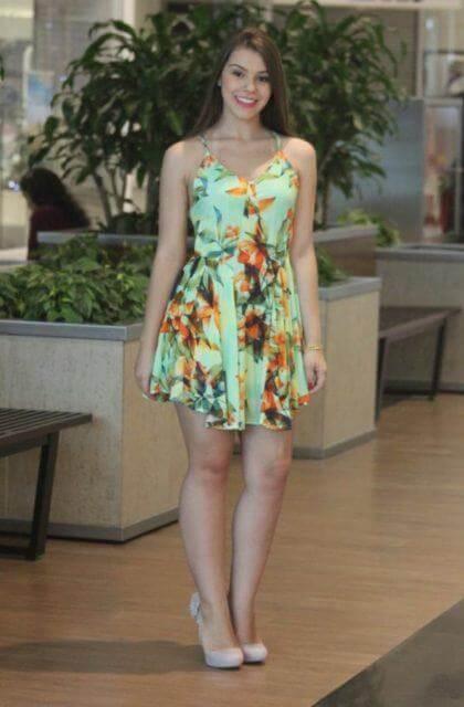 imagem 6 - Belos vestidos com ESTAMPA DE FLORES super lindos