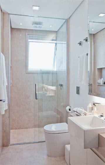 Banheiros pequenos com Box para dar mais organização  So Detalhe -> Banheiro Pequeno Organizacao