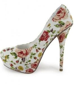 calçados com estampas florais de salto - Calçados com estampas florais lindos modelos com salto