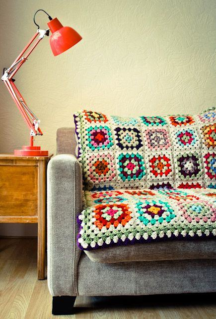 imagem 15 - MANTA de crochê para sofá decorativas