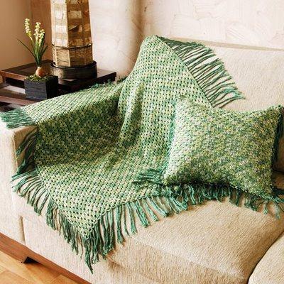 Manta de croch para sof decorativas s detalhe for Manta no sofa como usar
