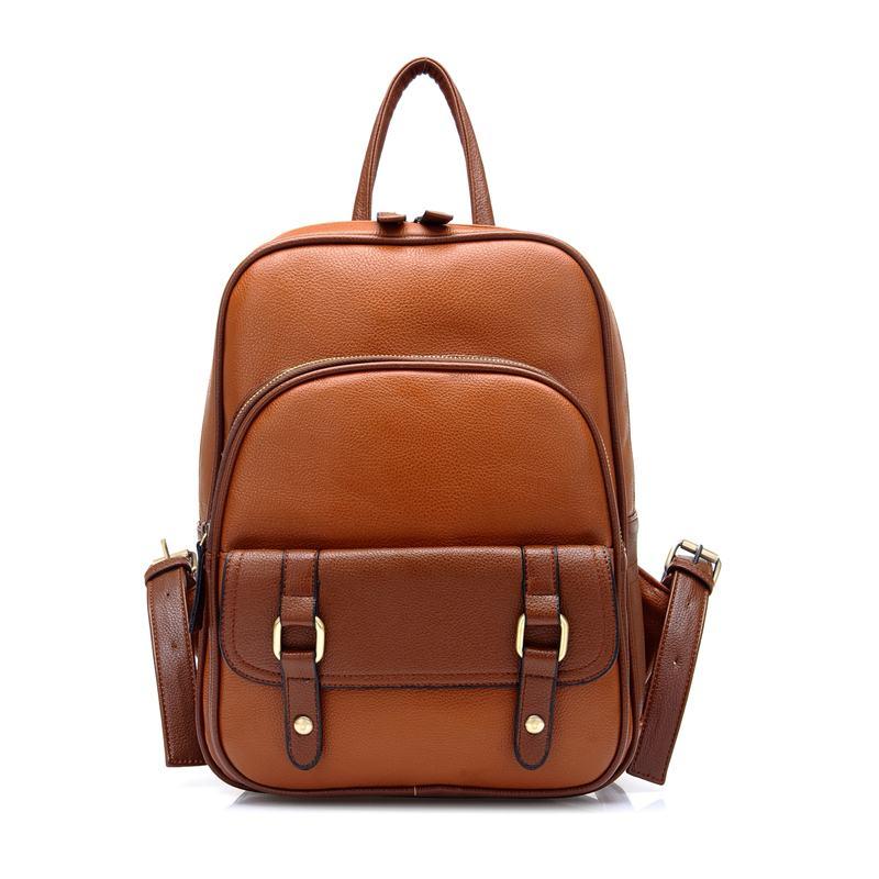 modelo de couro com bolsos na frente
