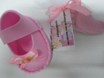 artesanato em eva para ch%C3%A1 de beb%C3%AA menina 2 333x250 - Lindos Artesanatos em EVA para chá de bebê