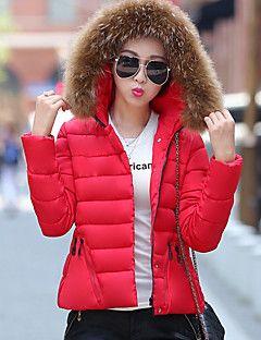 casacos femininos com capuz 6 - CASACOS FEMININOS COM CAPUZ que estão na moda
