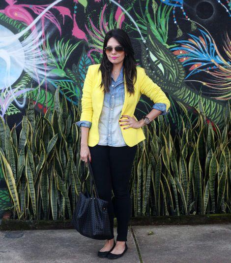 imagem 23 1 470x534 - Camisa jeans feminina Looks para usar a seu favor