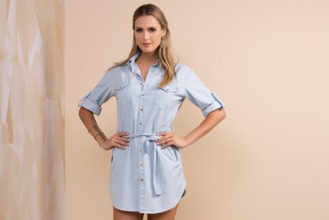 chemise jeans curta 470x314 - CHEMISE JEANS a peça do verão para mulheres modernas