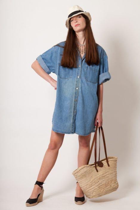 chmise moda verao 470x705 - CHEMISE JEANS a peça do verão para mulheres modernas