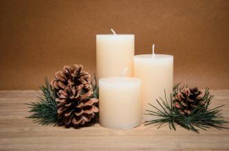 dicas de decoração de natal com pinhas