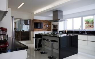 melhores cozinha planejada com ilha e balcão