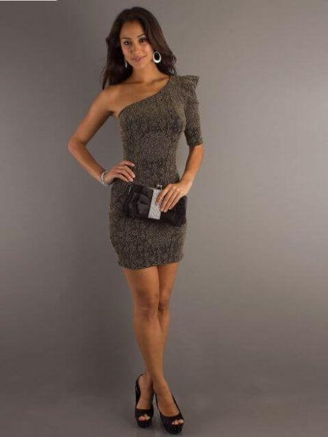 imagem 20 1 470x627 - Vestidos de UM OMBRO SÓ curtos e longos modelos super interessantes