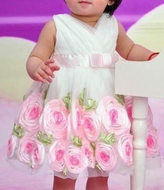 vestidos para aniversário de bebe floral