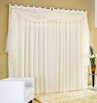 cortinas decorativas para quarto branca 410x436 - Cortinas decorativas para quarto inspire-se nas opções