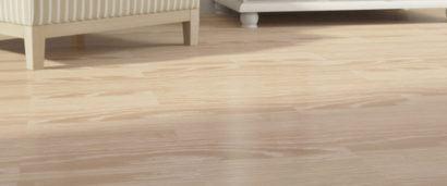 pisos laminados de madeira claros