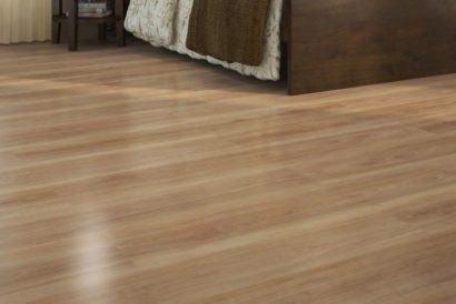 pisos laminados de madeira cores claras