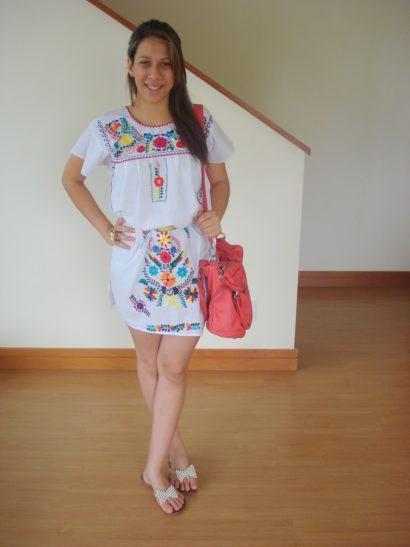 branco com bordados 410x547 - VESTIDOS MEXICANOS CURTOS, LONGOS moda primavera verão