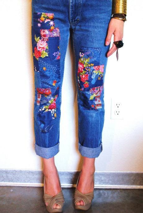 calcas jeans customizadas 460x685 - CALÇAS JEANS CUSTOMIZADAS rasgadas, com renda, taxinhas e mais