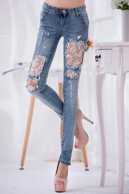 calcas jeans customizadas com renda - CALÇAS JEANS CUSTOMIZADAS rasgadas, com renda, taxinhas e mais