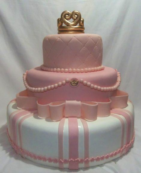29 470x574 - BOLOS DE PASTA AMERICANA para aniversário ou casamento