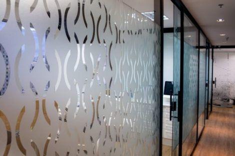imagem 10 1 470x313 - Tipos de Vidro Jateado para Portas e Janelas