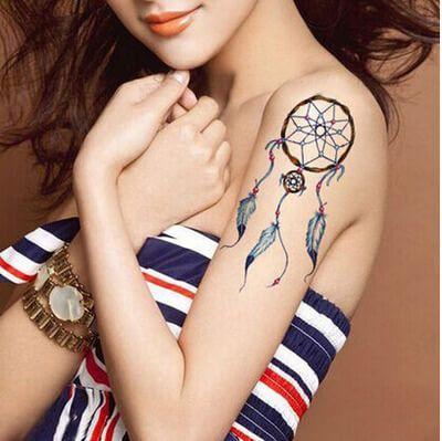 imagem 30 2 - Tatuagem Feminina no Braço, no Pulso, Ideias em Desenhos