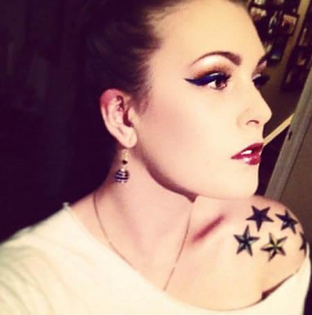 imagem 4 15 - Tatuagem de Estrela Feminina, Cores e Partes do Corpo